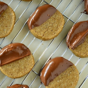 Hazelnut shortbread cookies dipped in hazelnut cream